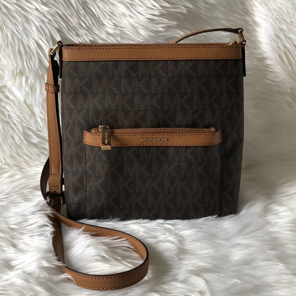 3acb6f9d4a89 Michael Kors Bags | Sale Morgan Medium Messenger | Poshmark